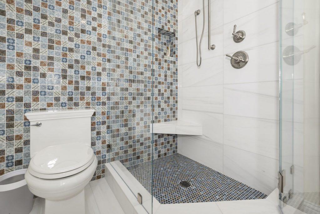 new bathroom glass in Carlsbad